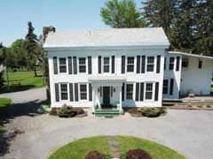 Inns for Sale with Federal Architecture