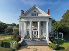 Inns for Sale with Greek Revival Architecture