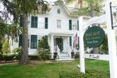 PineCrest Inn Bed & Breakfast