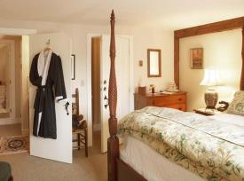 Southern Vermont Authentic Country Inn: Guestroom at Authentic VT Inn