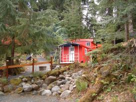 Mini Mountain Caboose Resort - Greenwater, WA Inn for Sale