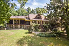 Signal Mountain Bed and Breakfast :