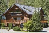The Log House B&B Inn