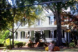 Beautiful Historic Inn For Sale