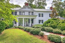 Scottsville VA B&B: