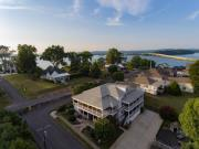 Lake Guntersville Bed & Breakfast