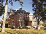 Historic Victorian Bed & Breakfast Auction