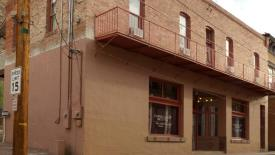 Galleria Historic Inn and Art Gallery: