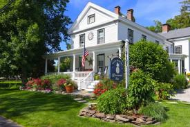Connecticut River Valley Bed & Breakfast: